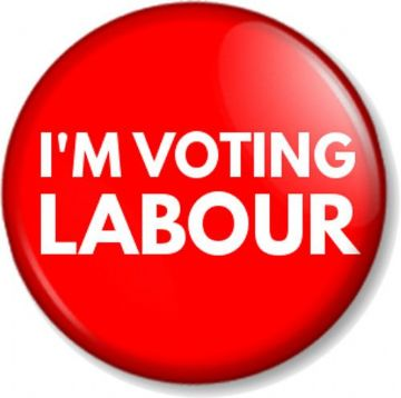 I'M VOTING LABOUR (red) Pinback Button Badge Elections Political Party Vote Poll Politics